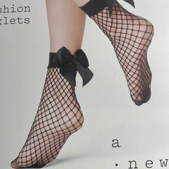 A New Day Black Fishnet Ankle Socks w/ Bow